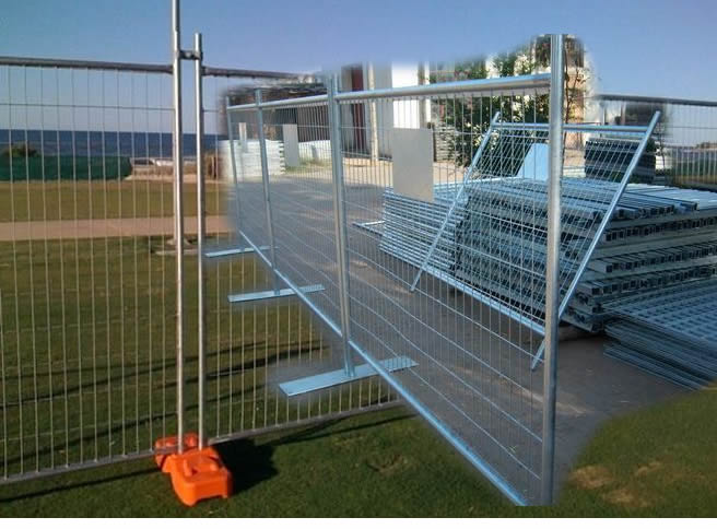 Welded Mesh Type Mobile Fencing Panels